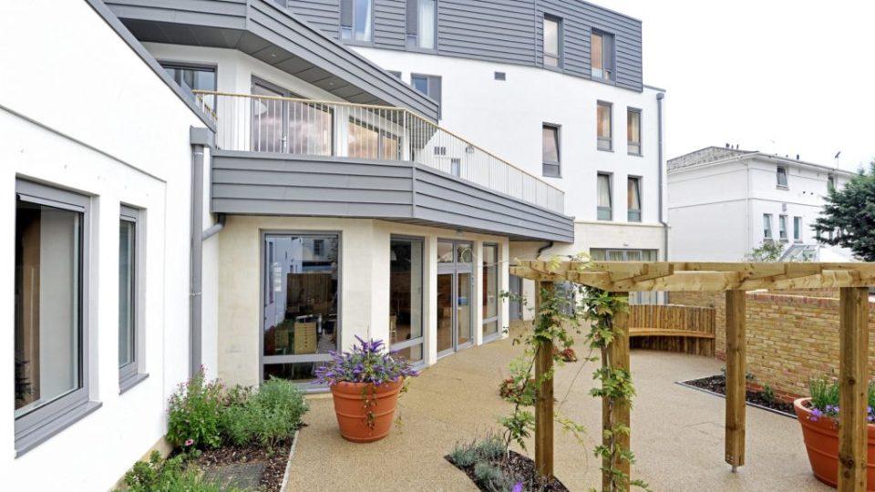 Education Independent Schools Cheltenham Ladies College unwell garden