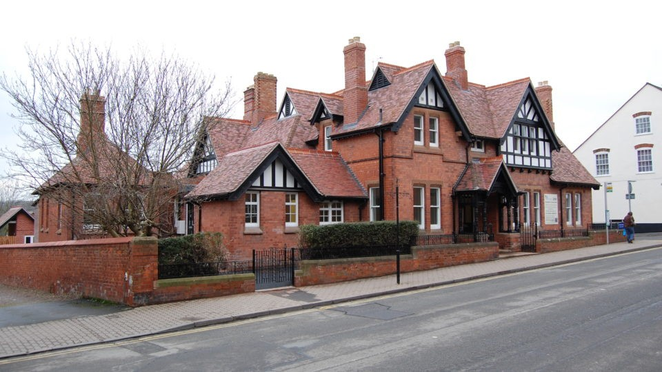 Housing Listed Building Converstion Ledbury Cottage Hospital
