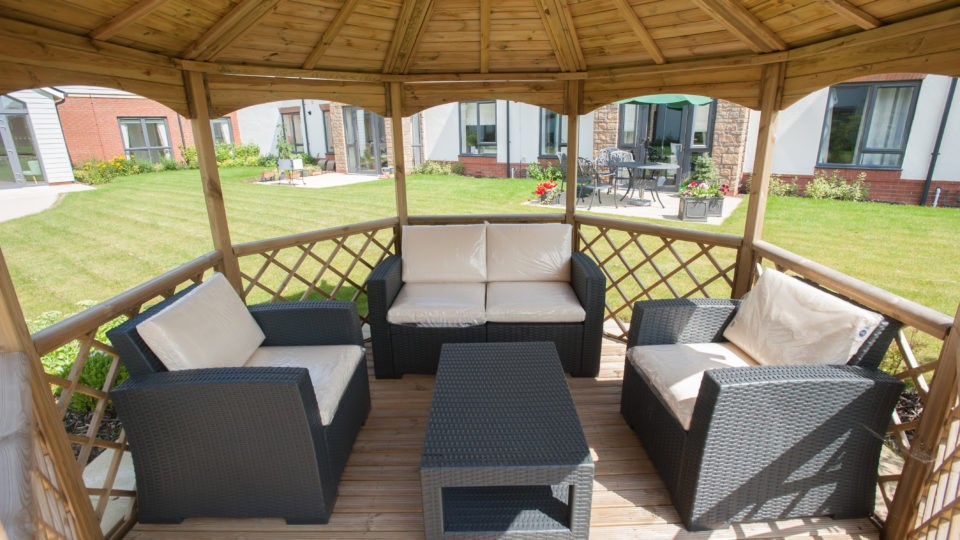 Garden area seating