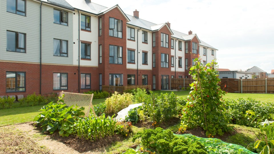 Exterior view of Arnolds Way care home